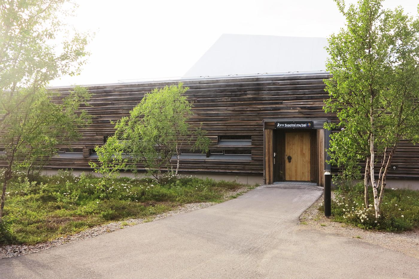PIR II: Museumsbygningen er tegnet av Pir II arkitektkontor og sto ferdig i 2009. FOTO: Ä'VV SKOLTESAMISK MUSEUM