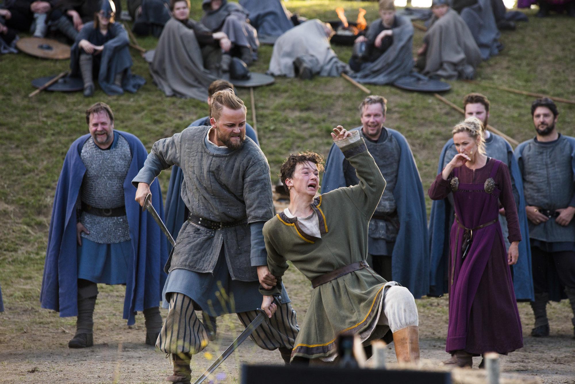 Forestilling Spelet om Heilag Olav spilles i juli hvert år på Stiklestad Nasjonale Kultursenter. Bildet er fra oppsetningen i 2017. Foto: Espen Storhaug.