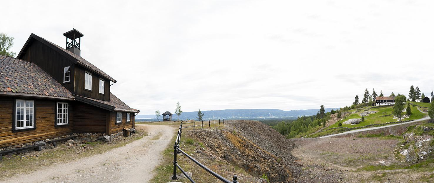 LANDSKAP: Åtte kilometer nord for Blaafarveværket ligger det store gruveområdet. Her finner du blant annet koboltgruvene, Kittelsenmuseet, kulturstier i nord- og sydgruvene og gruvemuseene. Sistnevnte (bildet) gir en bred innføring i stedets industrihistorie og gruvedriften på 1800-tallet. Foto: Hanna Norberg