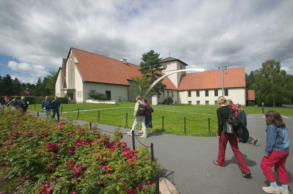 Vikingskipshuset på Bygdøy slik det står i dag. Foto: Eirik Irgens Johnsen, KHM, UiO