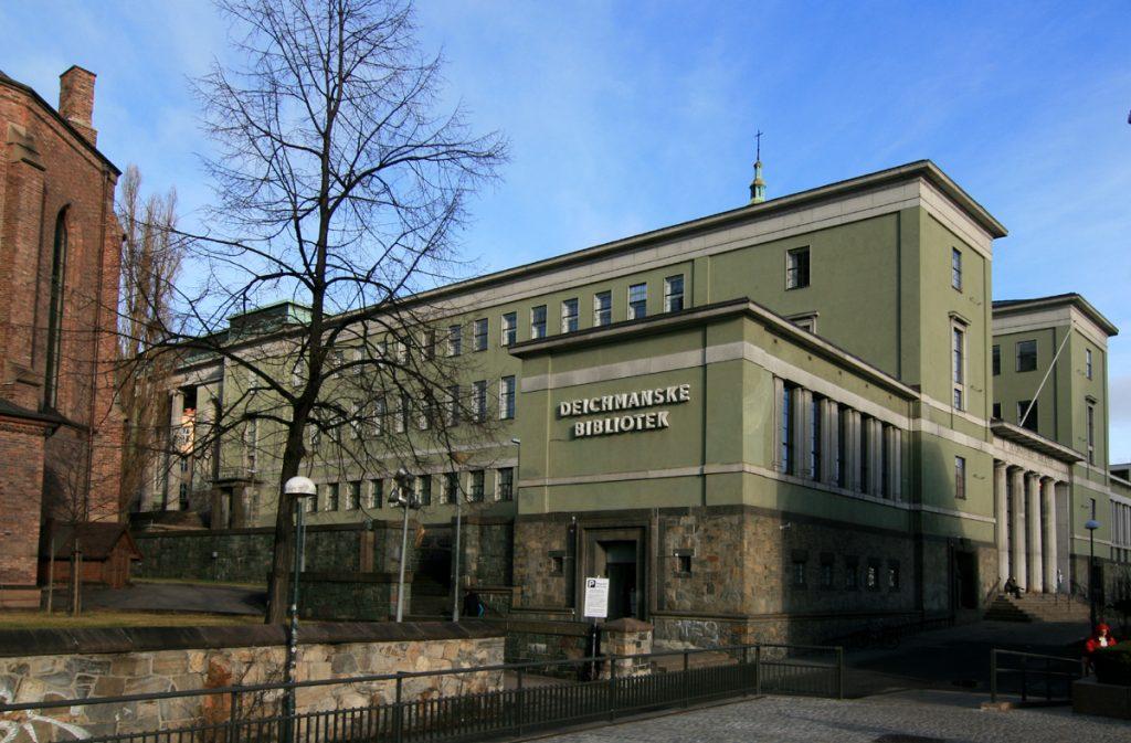 DEICHMAN FLYTTER: Oslo kommune har lagt det gamle hovedbiblioteket på Hammersborg for salg. Biblioteket er bygd 1924-1933. Arkitekt Nils Reiersen. Foto: Wikipedia